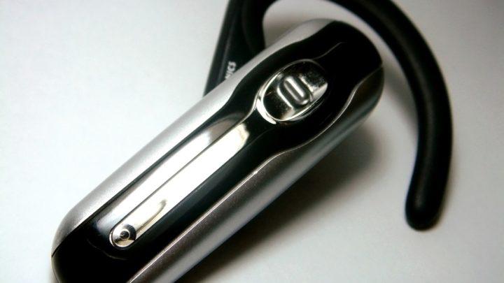 Jak wybrać słuchawkę bluetooth?
